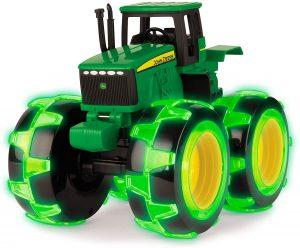 John Deere Monster Trends Tractor with Lighting Wheels